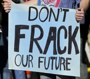 Protest Frack (1)